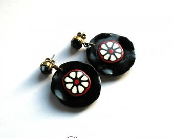 COIN EARRINGS RED AND BLACK