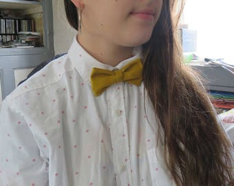 Handmade yellow bow tie.