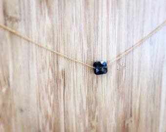 The Choker necklace with transparent black faceted bead