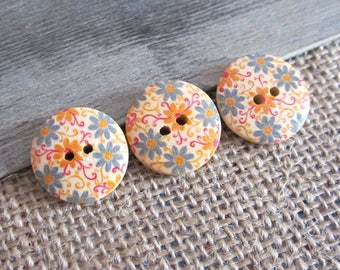 5 x buttons 20MM wooden flower pattern printed