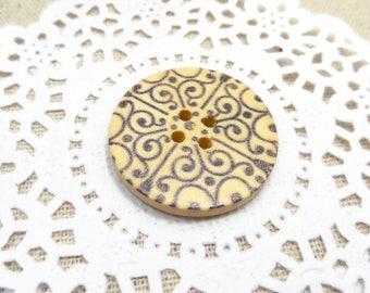 1 x button round 3cm wooden with patterns