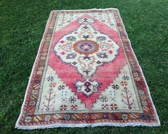 Turkish rug, Vintage rug, Handmade rug, Rose rug, Area rug, Wool rug, Bohemian rug, Kilim rug//FREE SHİPPİNG!! 243 x 135 cm = 7,9 x 4,4 ft