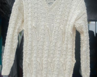 Beautiful and stylish sweater from natural goat's down