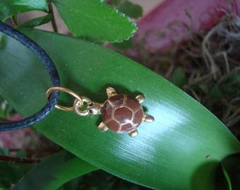 Small turtle Brown and gold pendant necklace