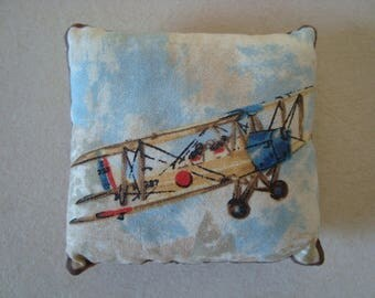 Little cushion for decoration or spade hands - airplane 2