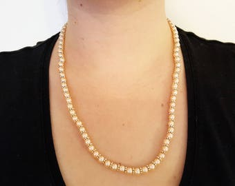 Pearl necklace in apricot with silver spacer, handmade