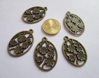5 breloque médaillon ovale fleurs en métal couleur bronze 33 X 22 mm