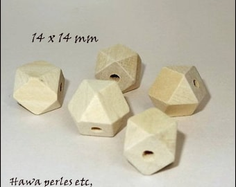 "5 ""Hexagonal"" faceted 14 mm natural color wooden beads"
