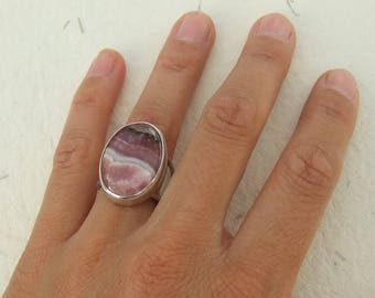 Stunning rodocrosite and silver ring. Size 54