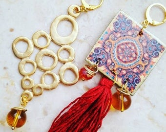 Bordeaux earrings with paper and nappa element