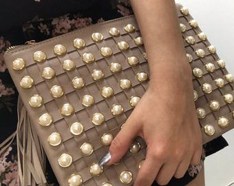 Clutch bag with Pearls