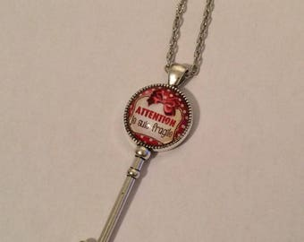 "Necklace cabochon silver plated key ""Warning I'm fragile"""