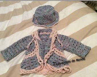 Small crocheted cotton vest and hat cloche