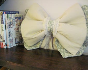 ShabbyChic BigBOW for cribs, curtains, baby's room, baby shower, home decor