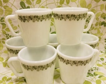 Pyrex crazy daisy spring blossom mugs set of 7 vintage 1970s 1410 300 ML milk glass green flowers