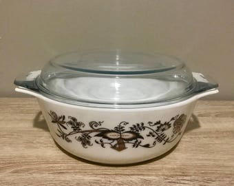 "JAJ Pyrex England Brown Vine 9"" Casserole Dish with Lid"