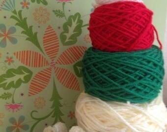 Christmas yarn cake
