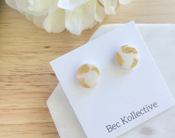 12mm | White and gold studs