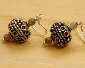 Dangle and drop earrings, with Bali style silver pendant, picture jasper and labradorite beads