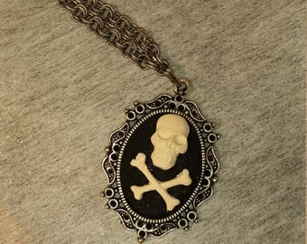 Skull and Crossbones Pendant