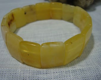 Bracelet from natural Baltic amber