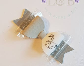 grey swan hair bow
