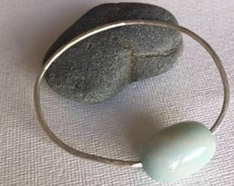 Turquoise and silver pebble bangle