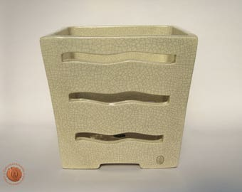 Square orchid pot made of white clay in crackle glaze (42081)