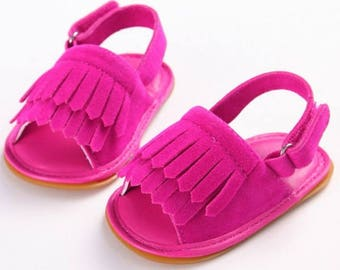 Free shipping to US and PR,pink suede shoes,suede pink sandals,shoes,newborn shoes,baby moccasins,girl shoes,boots baby,toddler shoes