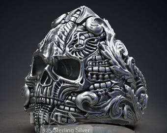 Unique Biomechanics Victorian Skull 925 Sterling Silver Vintage Men's Biker Ring