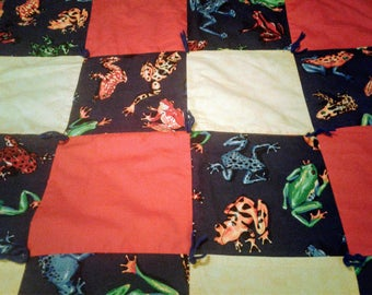 Retro Small Frog Quilt