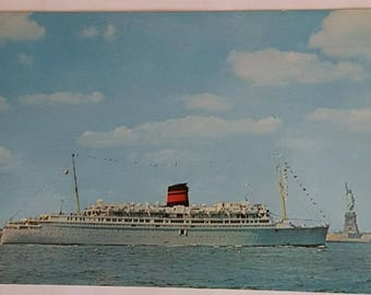 Vintage Postcard of the Queen of Bermuda