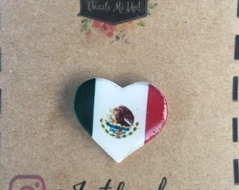 Mexican flag heart pin