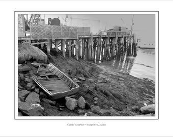"Cundy's Harbor - 8.5"" x 11"" framed photo print, original picture, no matting, thin black line around image"