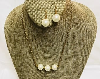 Glass Pearl Necklace and Earring Set