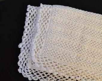 Baby blanket/afghan, Crochet Baby Blanket (Custom Colors Available), baby shower , birthday gift, handmade to order