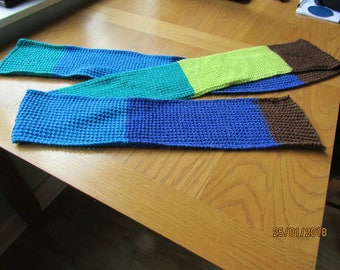 Block colour scarf
