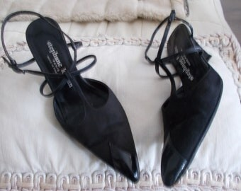 Vintage Stephane Kelian black shoes. BI-material: patent and suede. size 36. Year 80's Chic