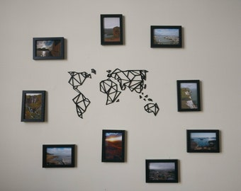 Designer wall decoration map string to frames