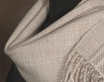 Handwoven merino wool winter scarf / almond beige