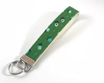Wristlet Key Fob Chain Green Navy Floral Cotton and Steel Keys Holder