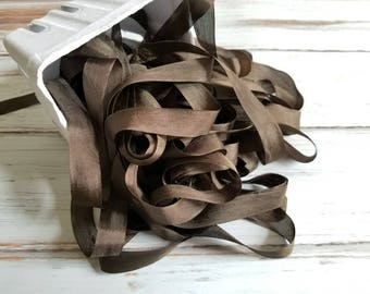 5 yards Chocolate Brown Seam Binding. Packaging, Scrapbooking, Shabby Pretty Embellishment