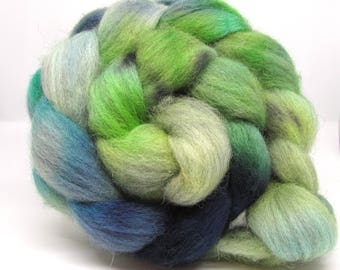 Hand Dyed Roving Combed Wool Top Light Grey Shetland 100g GS01