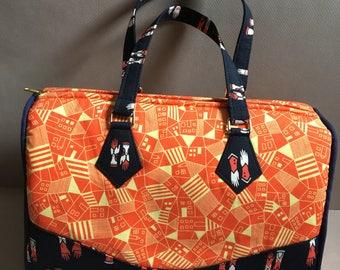 Orange and navy barrel bag, two handles and removable shoulder strap, lined, zipper pocket, handmade by me