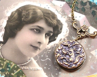 Squirrel, 1800s BUTTON necklace, Naughty Victorian animal pilfering nest, on brass chain. Antique button jewellery.