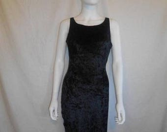 Closing Shop 40%off SALE 90's Black Velvet Dress