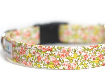 Peach Floral Dog Collar, Personalized Dog Collar, Chamomile (Shown with optional Engraving)