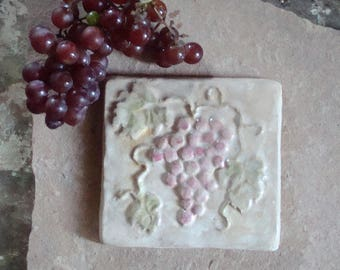 Ceramic Clay Pottery Wine Grapes Cluster Leaves Vine Focal Relief Art Tile 5 x 5
