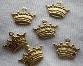 On Sale 25% Off Tiny Spiky Crown Charms Brass 16x11mm 6 Pcs