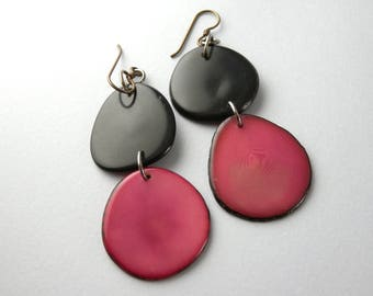 Forest Berry and Black Tagua Nut Eco Friendly Earrings with Free USA Shipping #taguanut #ecofriendlyjewelry